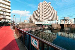仙台堀川公園浮き橋
