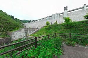 小山ダム下から