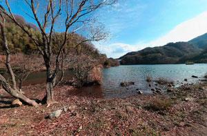 松川湖と奥野エコーブリッジ