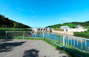 三春ダム左岸園地