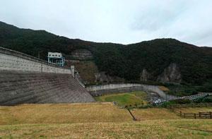 大川ダム中腹