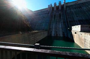 滝沢ダム吊り橋