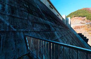 滝沢ダム階段