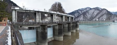 小河内ダム洪水吐け