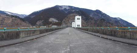 小河内ダム天端